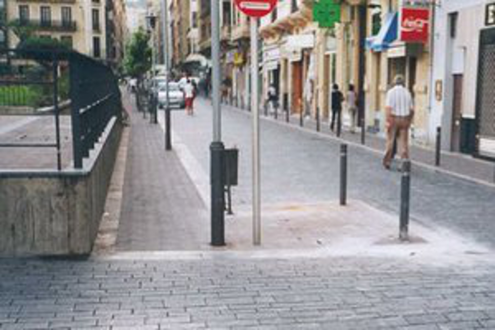 Plaza catalunya sukia eraikuntzak for Piscina zabalgana